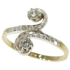 Antique diamond ring Belle Epoque toi et moi by Unknown