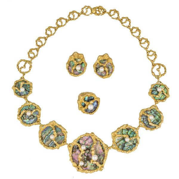 Gübelin parure with Abalone pearl by Gübelin