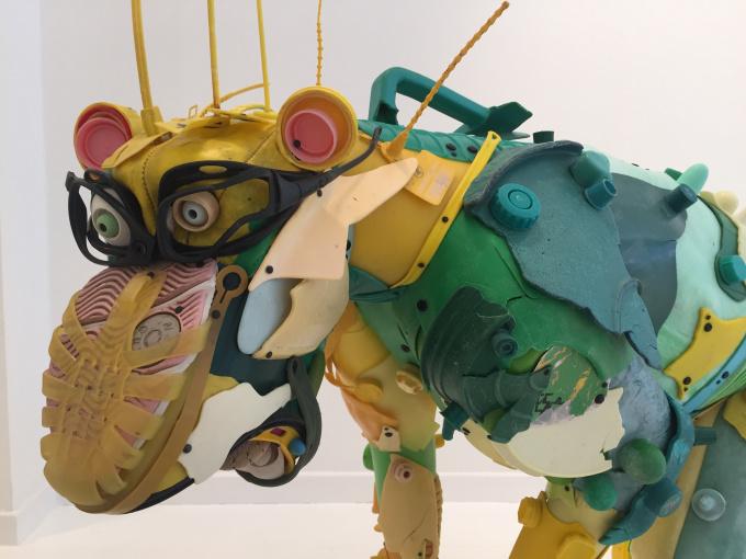 Green baboon by Gilles Cenazandotti