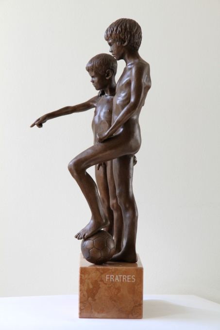 Fratres by Wim van der Kant