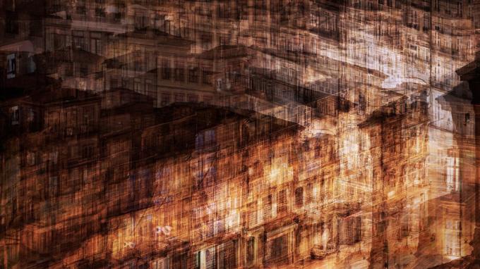 At Night in Porto by Jack Marijnissen