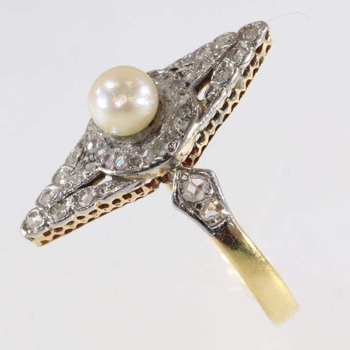 Late Victorian rose cut diamonds ring with pearl by Unknown