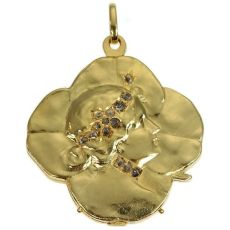 Art Nouveau gold pendant lucky clover with womans head set with rose cut diamond by Unknown