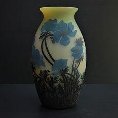 Muller Freres vase by Muller Frères