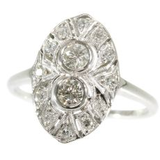 White gold Art Deco engagement ring with diamonds by Unknown