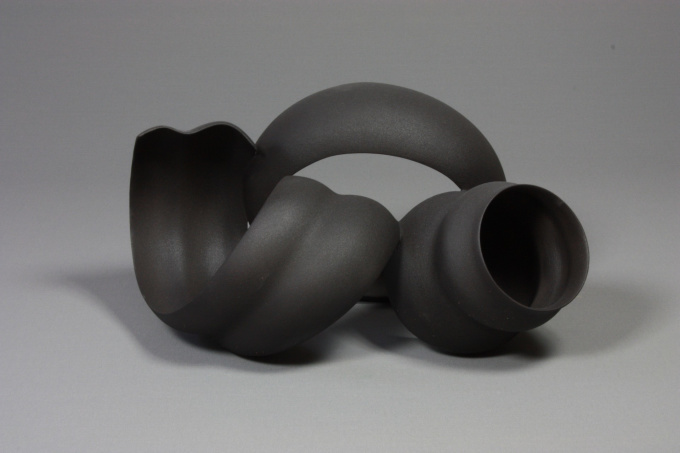 black sculpture by Wouter Dam