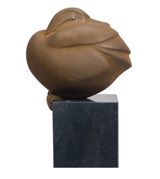 Zittend eendje  by Evert den Hartog
