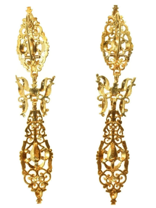 300 yrs old antique long pendent earrings with rose cut diamonds high carat gold by Unknown