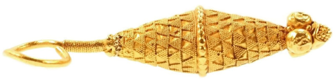 Ancient yellow gold granulated ear-ring by Unknown