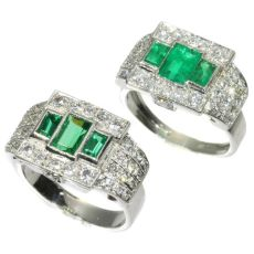 Unique ring pair of a Platinum Art Deco original with emeralds and its dummy model by Unknown