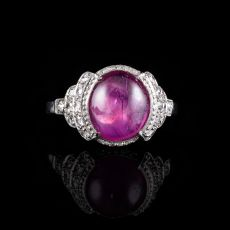 Art deco ring with cabochon cut ruby