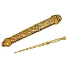 Impressive gold French pre-Victorian needle case with original needle by Unknown Artist
