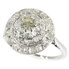 Art Deco diamond cluster ring by Unknown