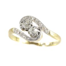 Romantic Toi et Moi ring from Belle Epoque Era by Unknown Artist