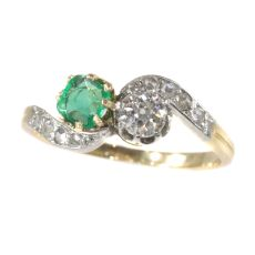Antique Victorian style Romantic diamond and emerald toi et moi ring by Unknown