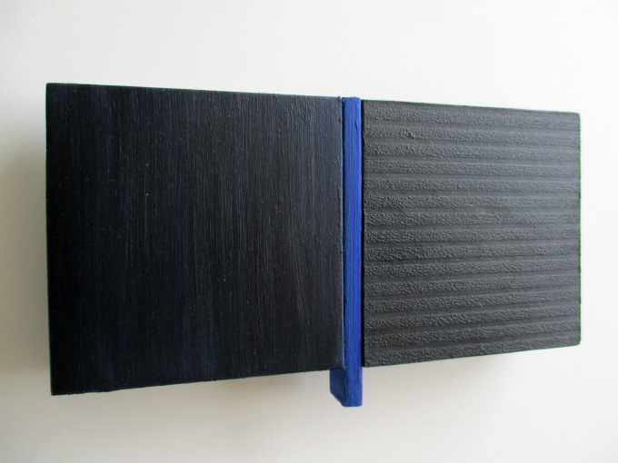 Untitled dialogue divided blue by Tineke Porck