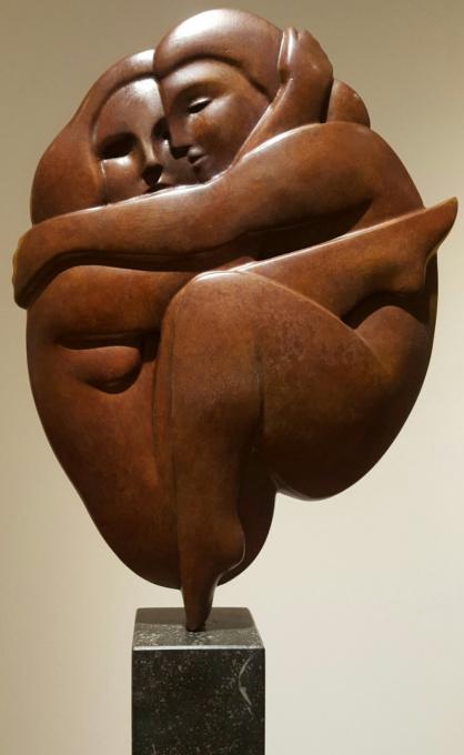 Omhelzing by Erwin Meijer