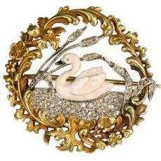 Late Victorian, early Art Nouveau French brooch enameled swan on diamond lake