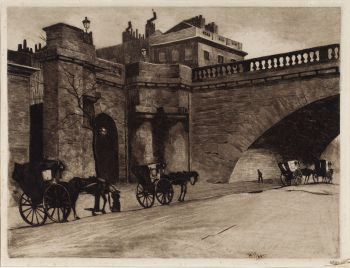 Waiting carriages in front of Waterloo Bridge by Willem Witsen