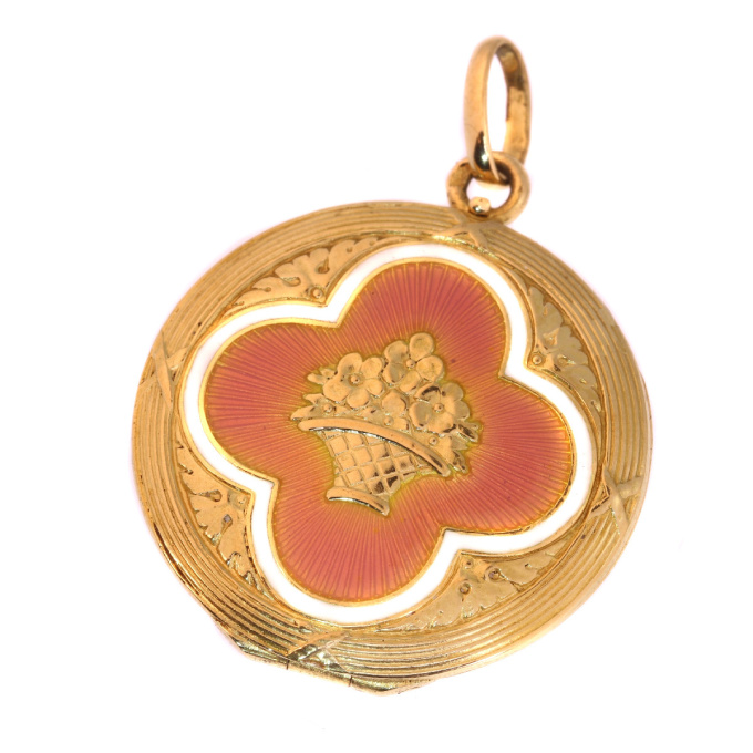 Antique gold Belle Epoque enameled locket made in the Austrian Hungarian empire by Unknown