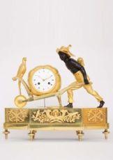 A rare French Empire ormolu and bronze 'au bon sauvage' mantel clock Lesieur à Paris, circa 1800 by Lesieur à Paris