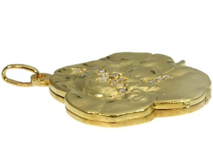 Art Nouveau gold pendant lucky clover with womans head set