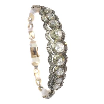 Typical Dutch rose cut diamond bracelet in Victorian style with large rose cuts by Unknown Artist