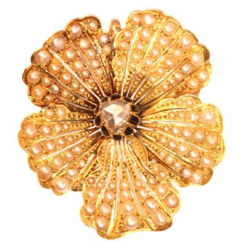 Antique gold pansy pendant and brooch symbol of remembrance and love. by Unknown Artist
