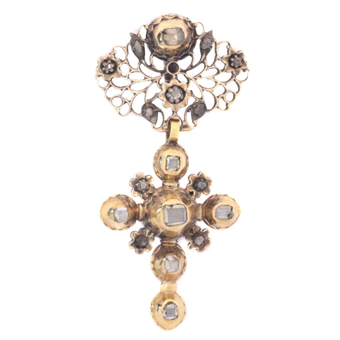Solid gold mid 18th century cross with table cut rose cut diamonds by Unknown