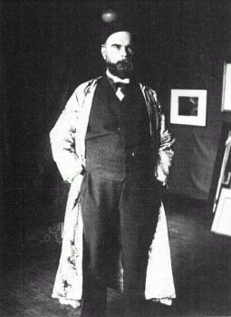 Vintage portrait photograph of Paul Verlaine (standing) by Willem Witsen