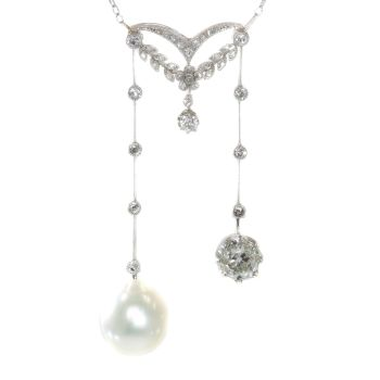 Elegant French Belle Epoque platinum diamond pearl necklace so-called négligé by Unknown Artist