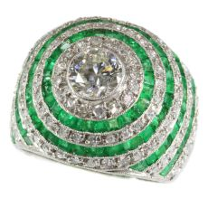 Magnificent diamond and emerald platinum Art Deco ring by Unknown Artist