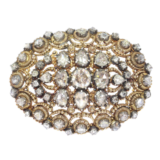 Antique Dutch brooch in unusual design with filigree and rose cut diamonds by Unknown