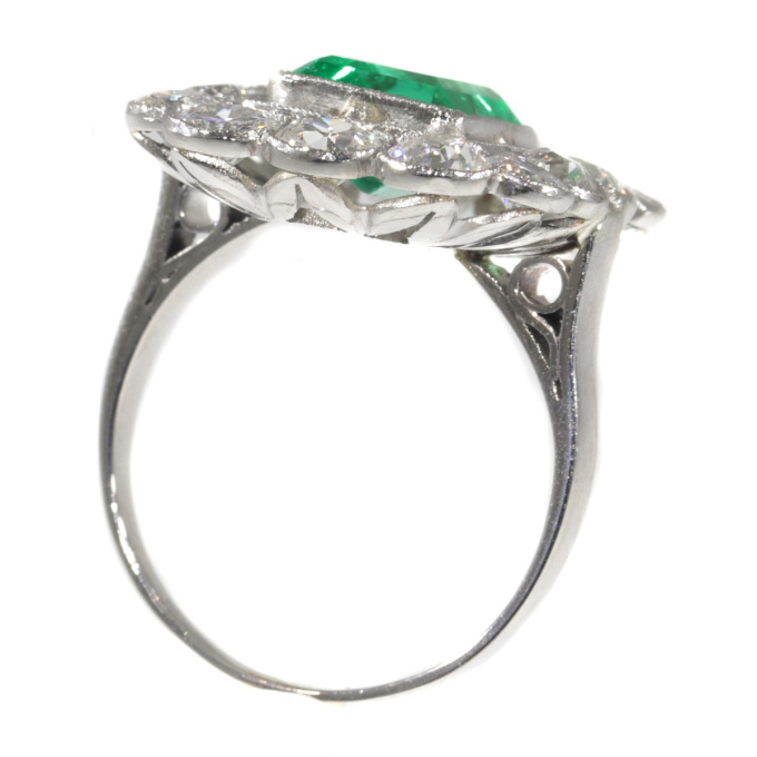 Vintage Fifties platinum diamond ring with untreated natural emerald by Unknown