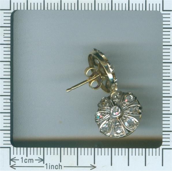 Belle Epoque / Art Deco diamond earstuds by Unknown