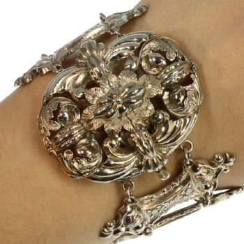 Early Victorian French silver bracelet by Unknown Artist