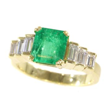 French estate ring with high quality Colombian emerald and baguette diamonds by Unknown Artist