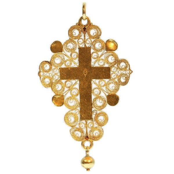 Antique gold French Rococo cross in filigree from around the French Revolution by Unknown
