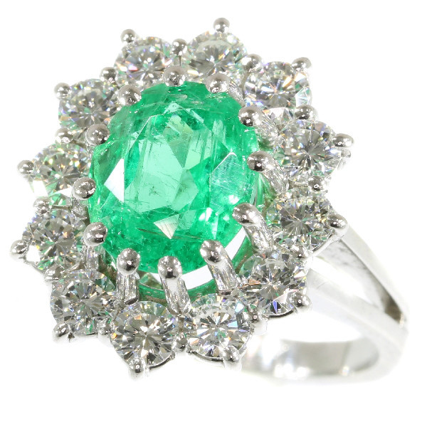 Vintage high quality diamond and vivid green emerald platinum ring with certified emerald by Unknown Artist