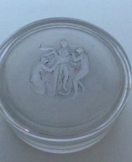 A rare box for Nina Ricci circa 1937 by René Lalique