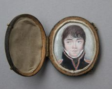 Oval miniature portrait of a young officer, presumably an officer of the Garde Impériale, France