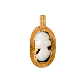 Gold pendant with portrait cameo by Unknown Artist