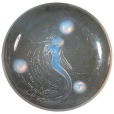 Opalescent Glass Bowl by René Lalique