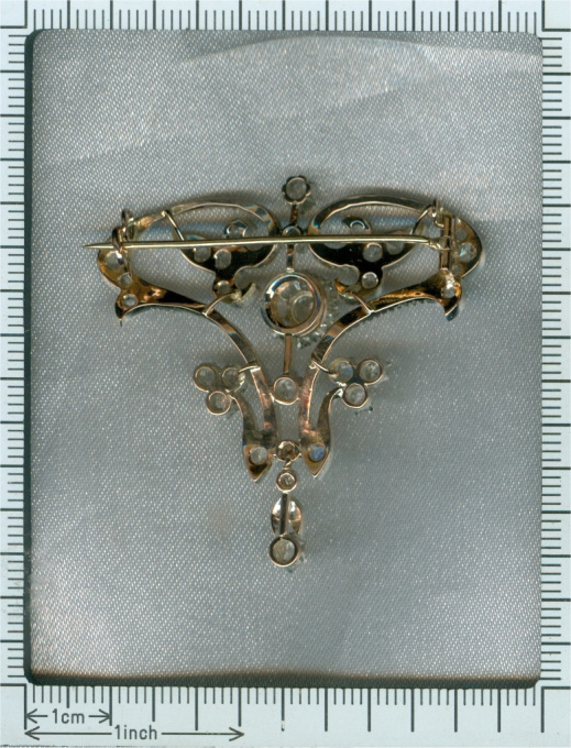 Art Nouveau diamond brooch pendant by Unknown