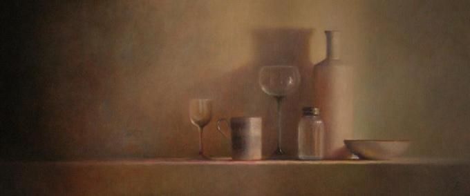 Glas en porselein stilleven by Anneke Elhorst