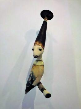 Iedereen een hoed op 2021 Mixed Media Sculpture In Stock by Corjan Nodelijk
