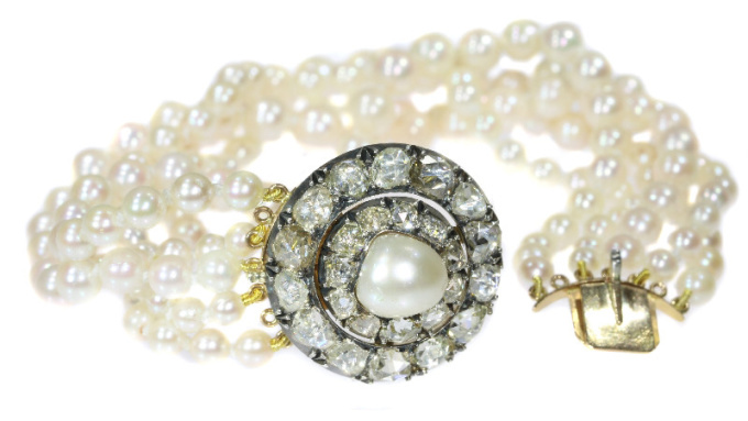 Antique 5-string pearl bracelet with rose cut diamond closure and real big pearl by Unknown Artist