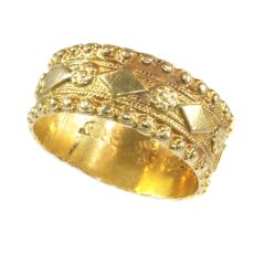 Late 18th Century Dutch gold ring hallmarked with Amsterdam hallmarks by Unknown