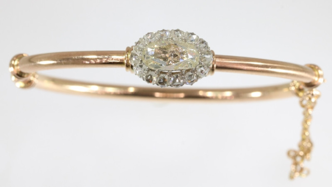 Elegant antique Victorian rose cut diamond bangle red gold by Unknown Artist