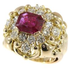Wolfers made vintage Fifties diamond ring with big untreated natural ruby